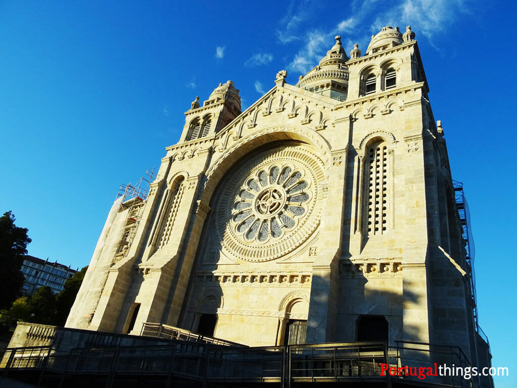 Places to visit near of Porto