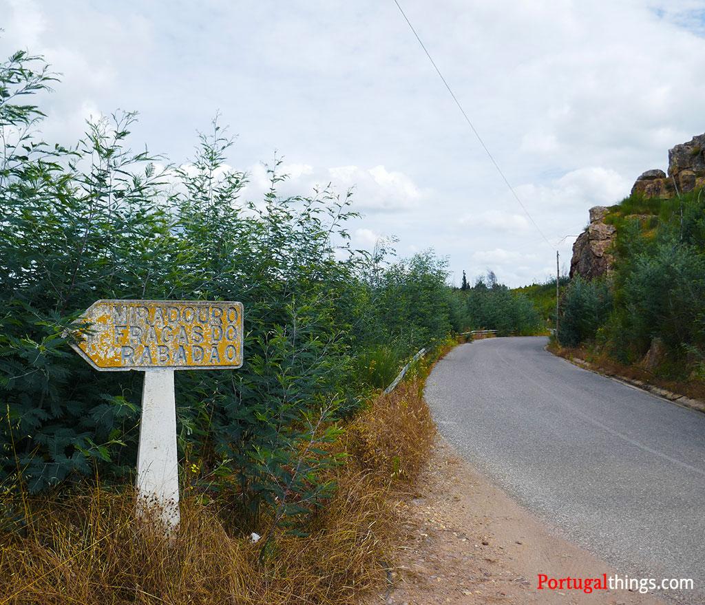 Penedo Furado trail information