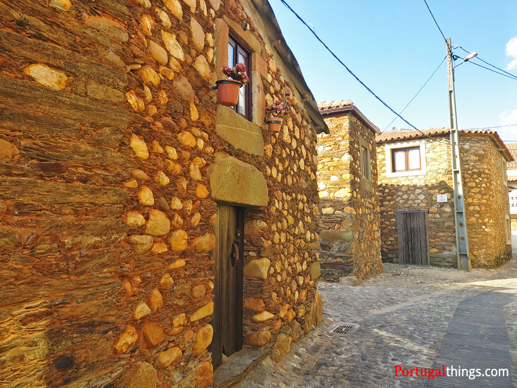Mais tradicionais aldeias do xisto