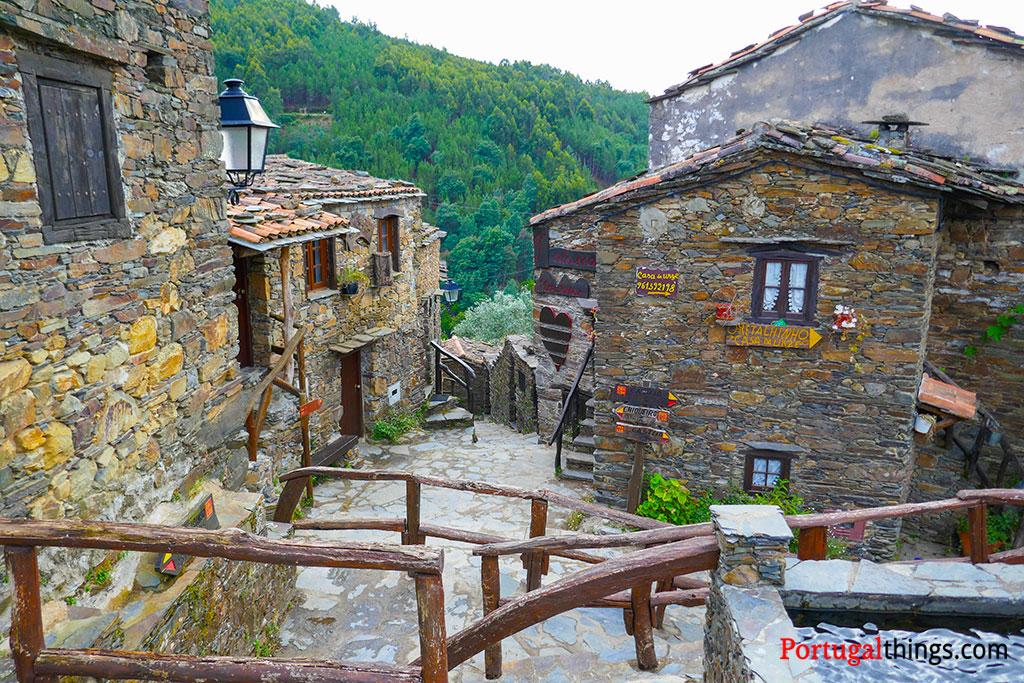 Talasnal - a mais conhecida das aldeias do xisto