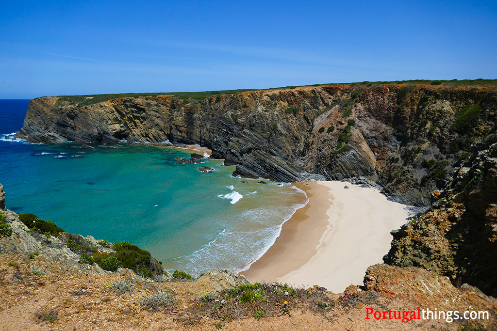 beaches in Alentejo that you can't miss