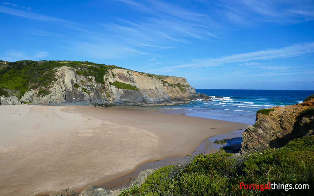 how to go to the best beaches in Alentejo