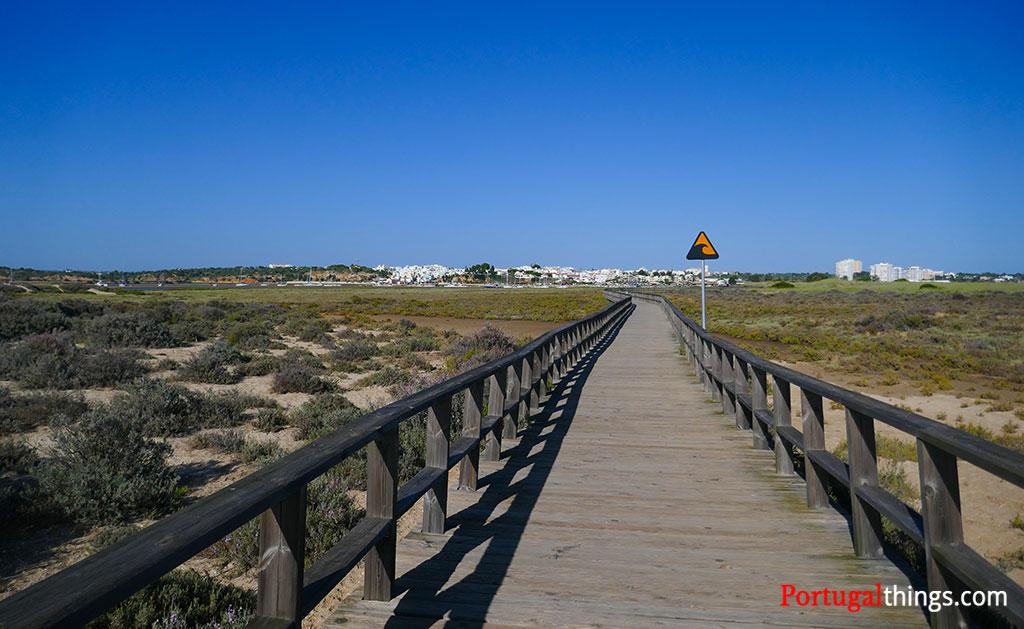 """Alvor walkways and the  trail """"Ao Sabor da Maré"""""""