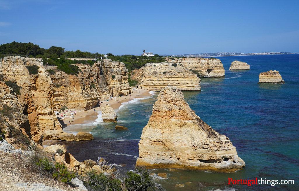 impressive rock formations in Marinha beach