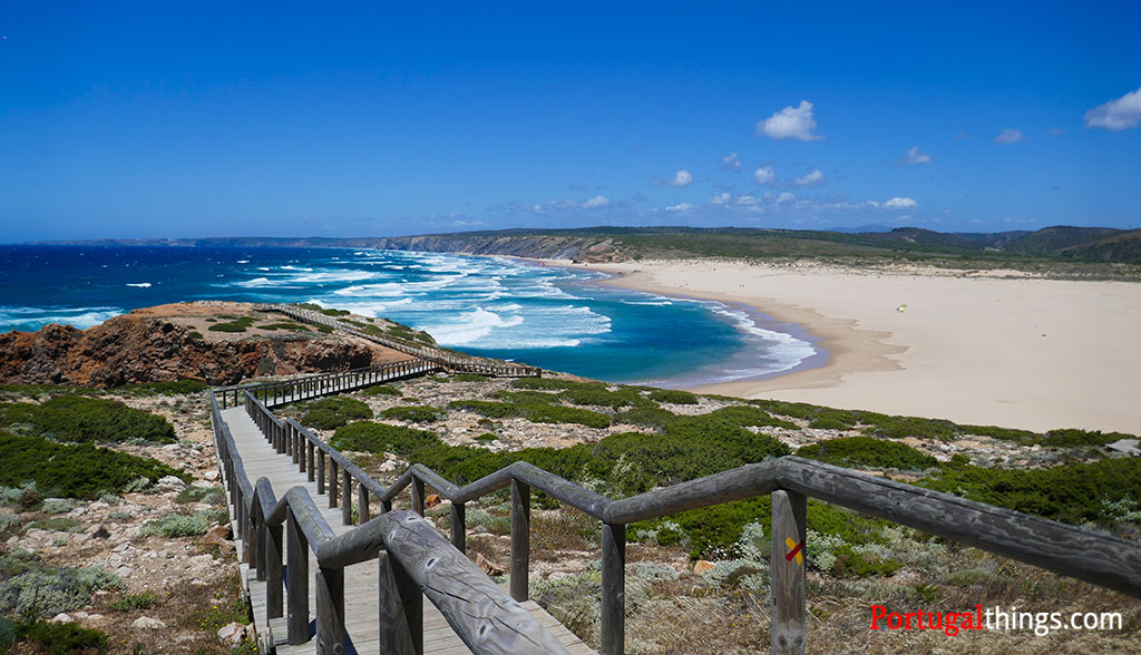 List of the best beaches in Algarve