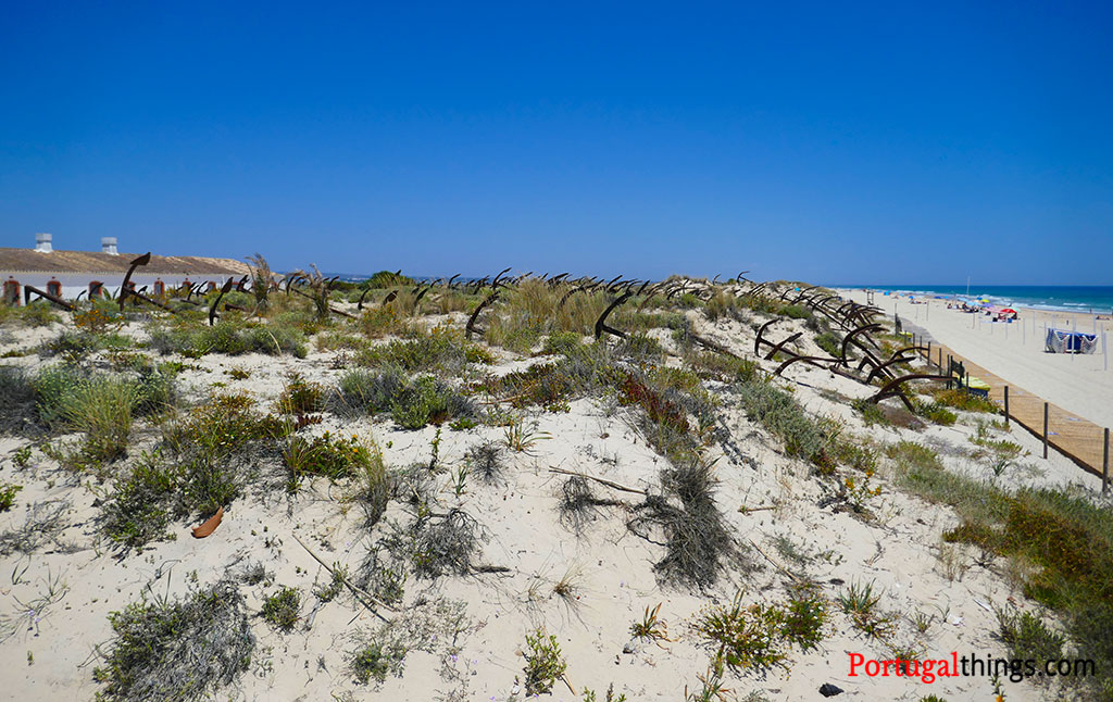 anchor graveyard at Barril beach
